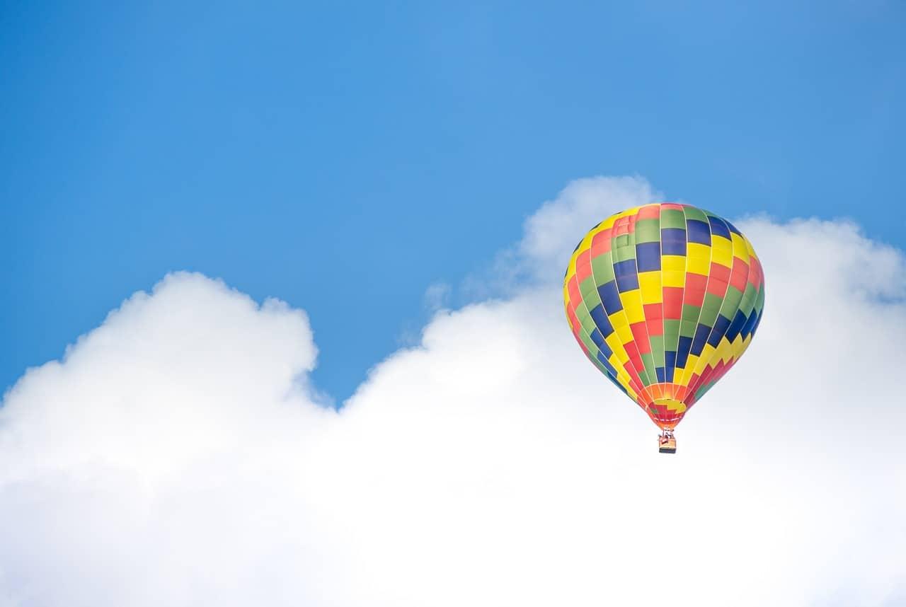 aufgeben und wie ein Heißluftballon aufsteigen